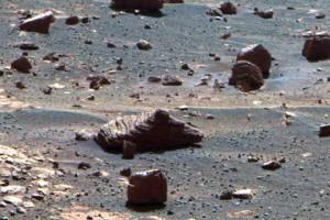 камень от колес марсохода Opportunity